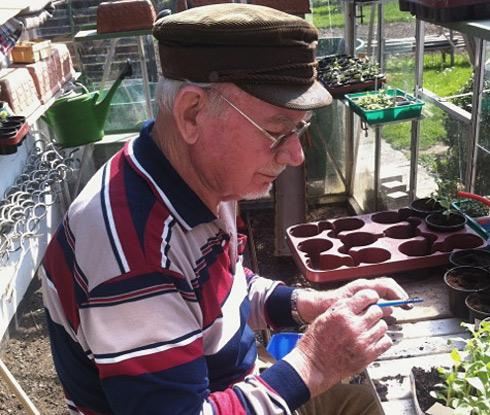 Heinz, 88, from Germany